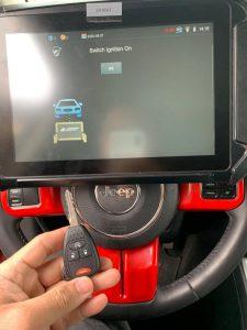 Programming machine - Jeep key