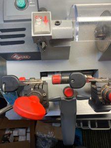 Cutting Oldsmobile Key - by an automotive locksmith