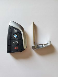 2014, 2015, 2016, 2017, 2018 BMW 3-Series remote key fob replacement (NBGIDGNG1)