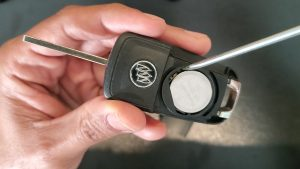 Flip key battery replacement - Buick Regal