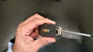 Flip key battery replacement - Chevrolet Spark