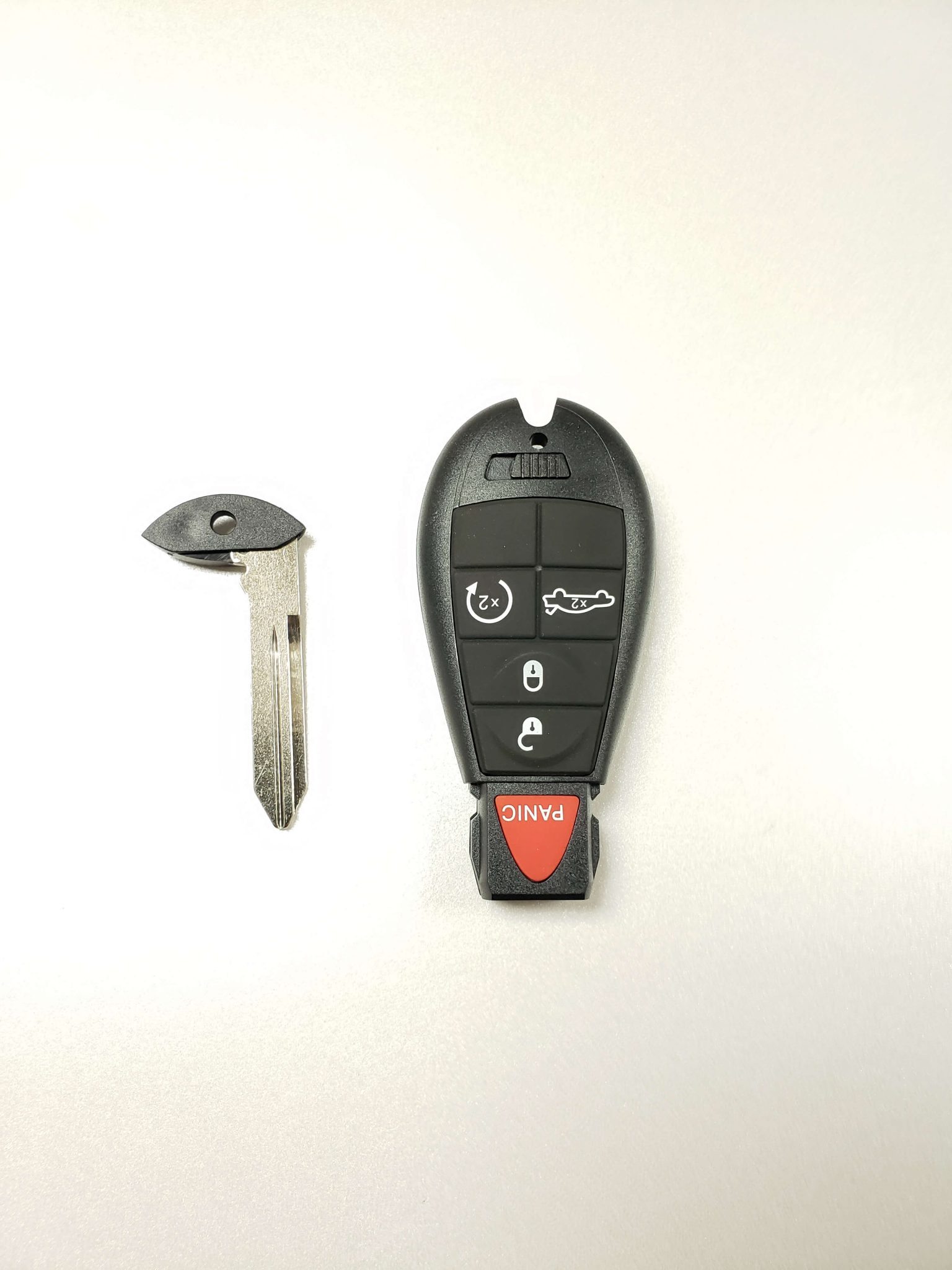 New Chrysler Dodge Jeep Replacement Uncut Transponder Chip Ignition Key Blade x2
