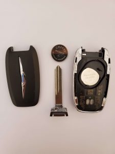 Chrysler key fob battery replacement - Inside look