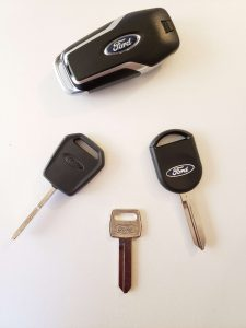 Non-transponder, transponder chip and remote key fob replacement (Ford)