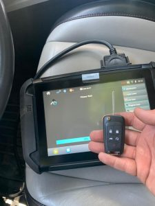 Locksmith coding a new Buick (GM) transponder flip key