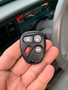 Keyless entry remote for Hummer models