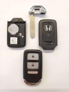 Honda key fob - Inside look