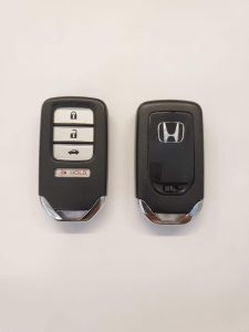 Remote Key Fob for a Honda CR-Z