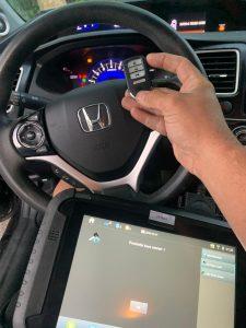 Programming machine for Honda key fobs and chip keys