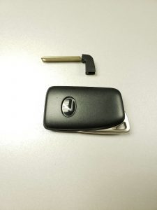 Price of cutting a new Lexus RX450h key may vary