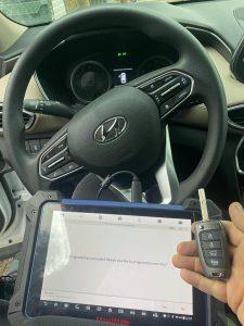 Transponder flip key (Hyundai) coded on-site