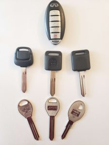 Infiniti QX4 car key replacements