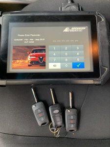 Automotive locksmith coding extra keys - Kia