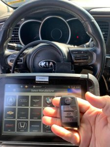 On-site programming of Kia key fob