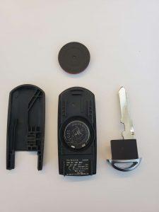Replacing key fob battery