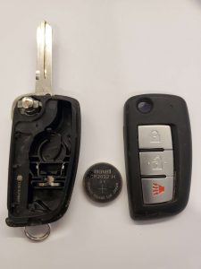 Inside look of Nissan Rogue flip key