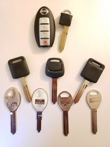 Different Nissan replacement keys - Key fob, transponder and non-chip keys