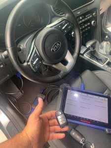 Automotive Locksmith Coding a Kia Spectra Key