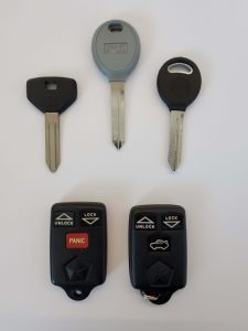 Variety of Plymouth keys - Key fobs, transponder, non chip and keyless entry