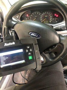 Coding a New Ford Flex Key by an Automotive Locksmith