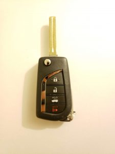 Toyota transponder chip car key replacement - Flip key