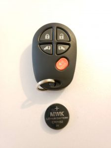 Toyota keyless entry with battery (GQ43VT20T or 89742-AE030)