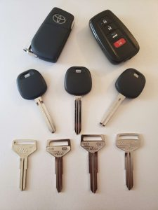 Toyota Car Keys replacement Cost - Remote Key Fob, Transponder Key, and Non Transponder