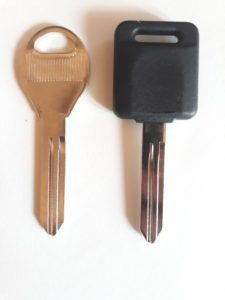 Infiniti Transponder and Non Transponder Replacement Keys