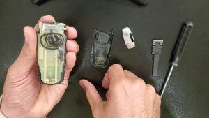 Key fob battery replacement  - Volkswagen - Inside look