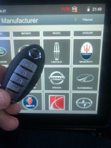Programming Machine and Key Fob for Nissan Model