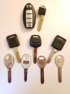 Nissan Axxess Car Keys Replacement